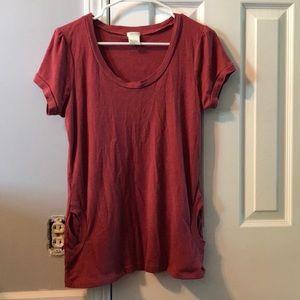 Maurice's red shirt
